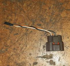 Фишка датчика расхода воздуха Nissan 22680-37j00