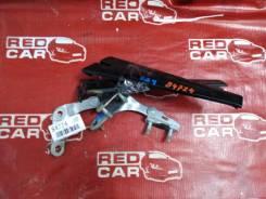 Петли 5-й двери Honda Freed 2009 GB4-1006432 L15A-2506442