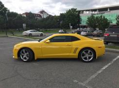 Продам левую переднюю дверь Chevrolet Camaro 2013 года (желтая)
