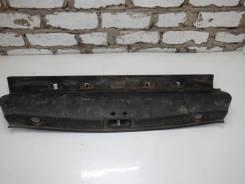 Накладка крышки багажника Renault Megane 2 (2002-2009), 8200128740