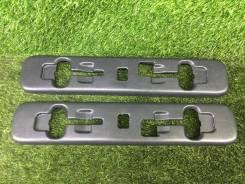 Заглушки полозьев задних сидений ПАРА Toyota Vellfire ANH20 95000km 72615-58030-B0