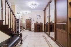 6 комнат и более, проспект Партизанский 52. Некрасовская, частное лицо, 216,0кв.м.