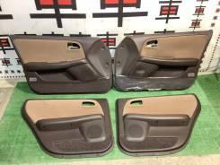 Дверные карты Toyota Mark2 90 коричневые #11326 67650-2A350