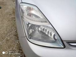 Фара ксенон правая 2-я модель Toyota Prius NHW20.