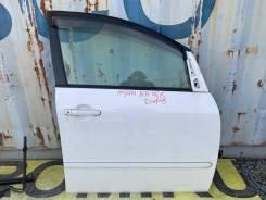 Дверь правая передняя цвет 040 Toyota Ipsum 67001-44060