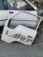 Продам левую переднюю дверь на Toyota Hiace LH85