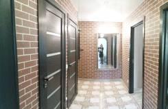 2-комнатная, улица Дикопольцева 78. Центральный