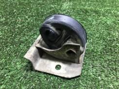 Крепление глушителя Toyota Camry, Vista [17509-74100]
