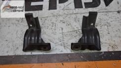 Крепление радиатора кондиционера Nissan Xtrail