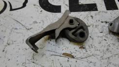 Крепление глушителя Toyota Kluger