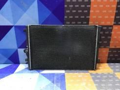 Радиатор охлаждения Volkswagen Passat 2011 3C0121253Q