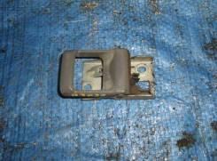 Ручка двери внутренняя Nissan Atlas, правая передняя