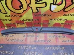 Накладка багажника Toyota VOXY ZRR75 2007
