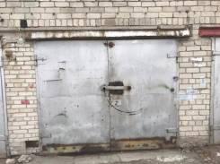 Гаражи капитальные. улица Муравьева 27, р-н Горгаз, подвал.