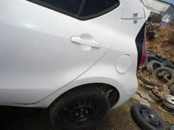 Крыло заднее левое Toyota Aqua NHP10 1NZ-FXE 2015 белый 082