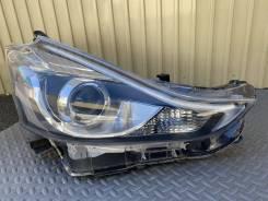 Фара Правая Toyota Prius Alpha Оригинал Япония LED 47-65 ZVW40W, A2