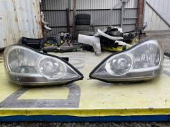 Фары пара рестайлинг, S комплектация Toyota Ipsum