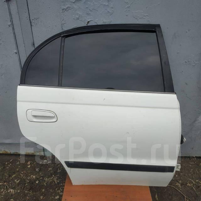 Дверь задняя правая Toyota T190 (седан)