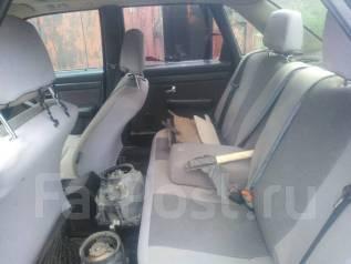 Серый салон Audi 100 C3