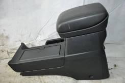Бардачок между сидений Suzuki Escudo TD54W J20A 2006 г