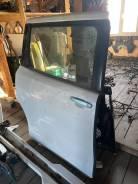 Дверь задняя правая Toyota VOXY ZWR80