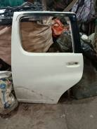 Дверь левая задняя в разбор Toyota Funcargo