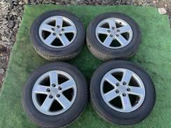 Комплект колес Dunlop R15 на штатном литье Voxy AZR65