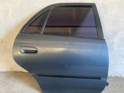 Двери задние Toyota Carina Т190 (голая)
