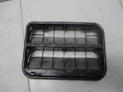 Решетка вентиляционная правая Renault Sandero 2 7700838358