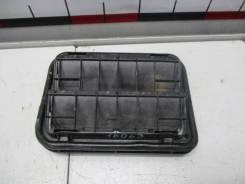 Решетка вентиляционная левая Renault Sandero 2 7700838358