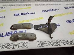 Кронштейн крепления бампера Subaru Forester 2000 [91081FC000] SF5 EJ201, задний 91081FC000