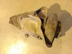 Опора КПП (подушка) Audi A4, правая