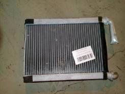 Радиатор печки Toyota Kluger, передний