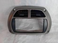 Рамка магнитолы Toyota RAV4