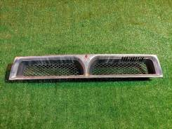 Решетка радиатора Mitsubishi Galant