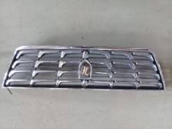 Решетка радиатора Toyota Grand Hiace