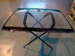 Стекло лобовое Toyota Avensis, переднее