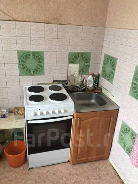2-комнатная, улица Менделеева 12. Горького, агентство, 42,0кв.м. Кухня