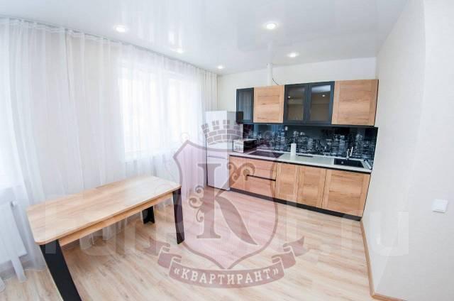 2-комнатная, улица Черняховского 11. 64, 71 микрорайоны, агентство, 56,0кв.м.