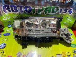 Фара Toyota LAND Cruiser 200 15- RH три модуля LED