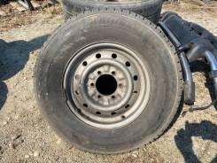 Bridgestone Dueler H/T 689, 215/80R15