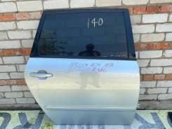 Дверь правая задняя Toyota Ipsum 67003-44060