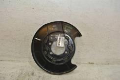 Щит опорный задний левый Nissan Teana J32 2008-2013