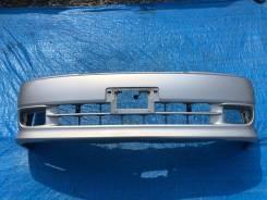 Бампер передний ЦВЕТ 2GD Grand Hiace Granvia VCH16 KCH16