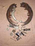 Механизм стояночного тормоза Toyota RAV-4, правый задний ACA20. 23 47613-28010