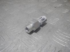 Датчик давления масла Renault Kangoo 7700435692