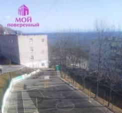 2-комнатная, улица Космонавтов 11. Тихая, агентство, 44,1кв.м. Вид из окна днём