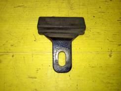 Отбойник крышки багажника Audi 80 B3 1988 [443827249] 89/B3 RU