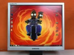 "Samsung. 17"", технология ЖК (LCD)"