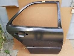 Дверь задняя правая Mercedes W202
